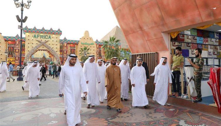 sheikh mohammed visits dubai global village (2)