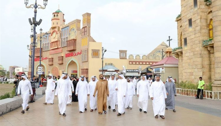 sheikh mohammed visits dubai global village (5)
