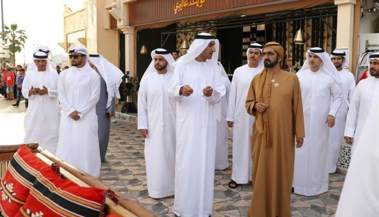 sheikh mohammed visits dubai global village (6)