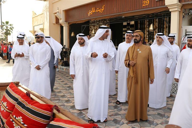 sheikh mohammed visits dubai global village (6)